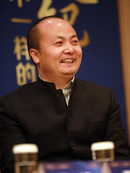 华耐家居投资集团总裁贾锋